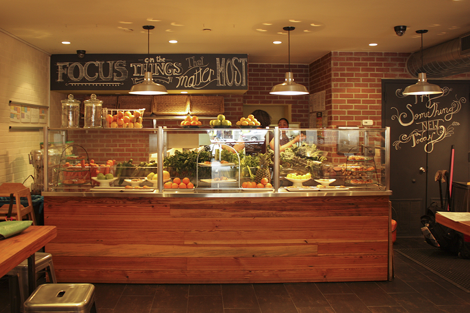 communal oven earth underwhelming flatbread eatery replaces uws